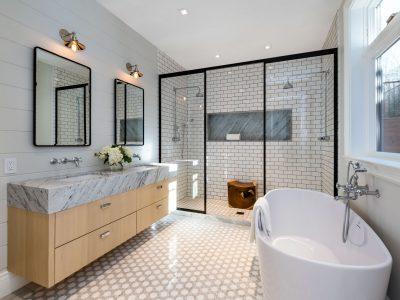442_master_bathroom